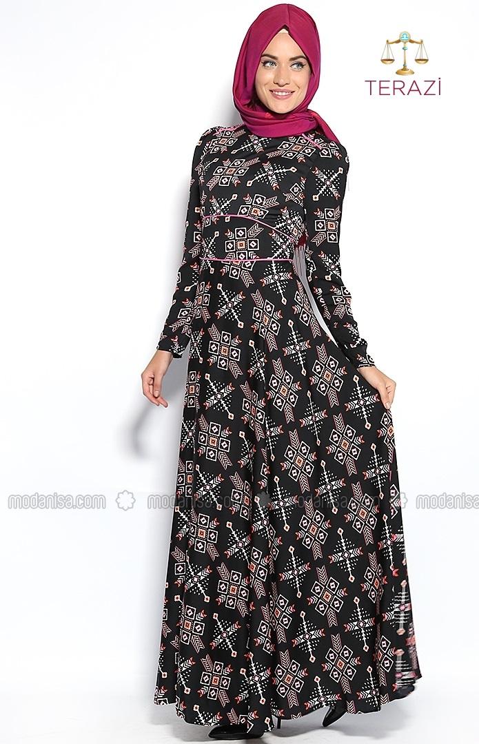 z-otantik-desenli-pembe-biyeli-elbise-siyahpembe-mustafa-dikmen-83151-1