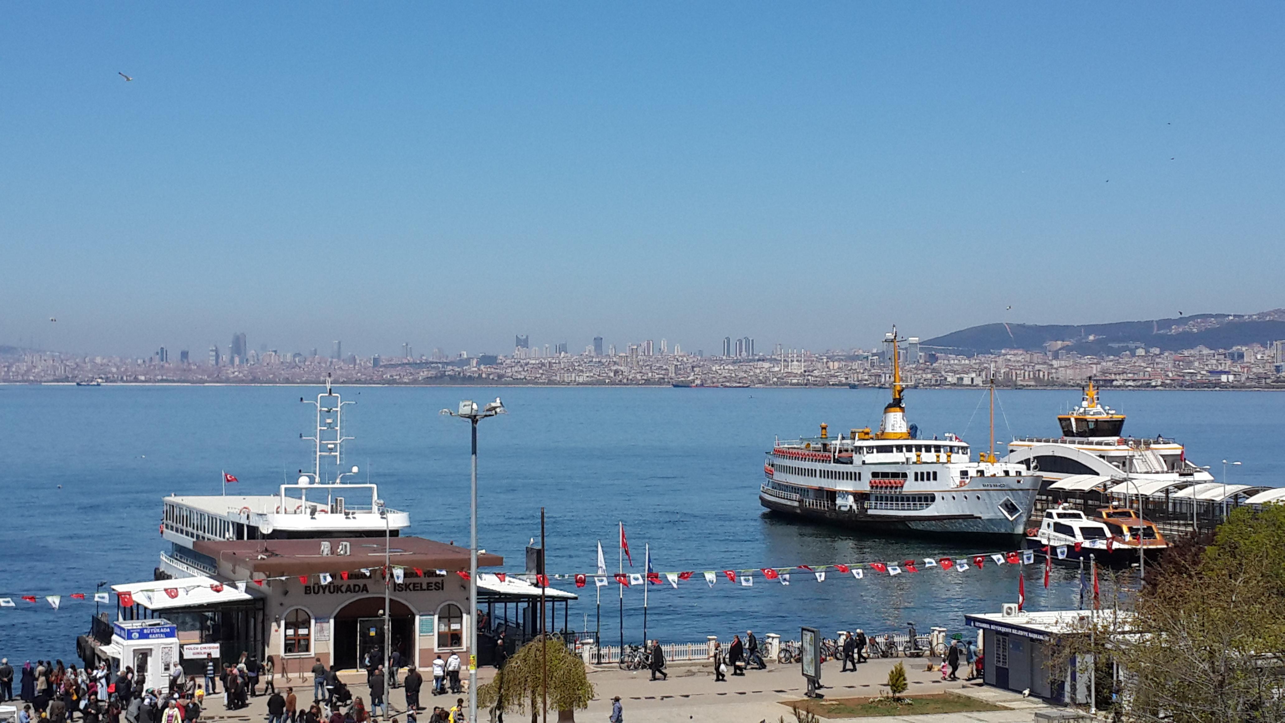İstanbul'da Bahar Gezintisi: Büyükada