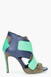 Mavi ayakkabi