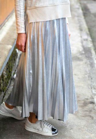 trend-moda-stil-pliseli-etek