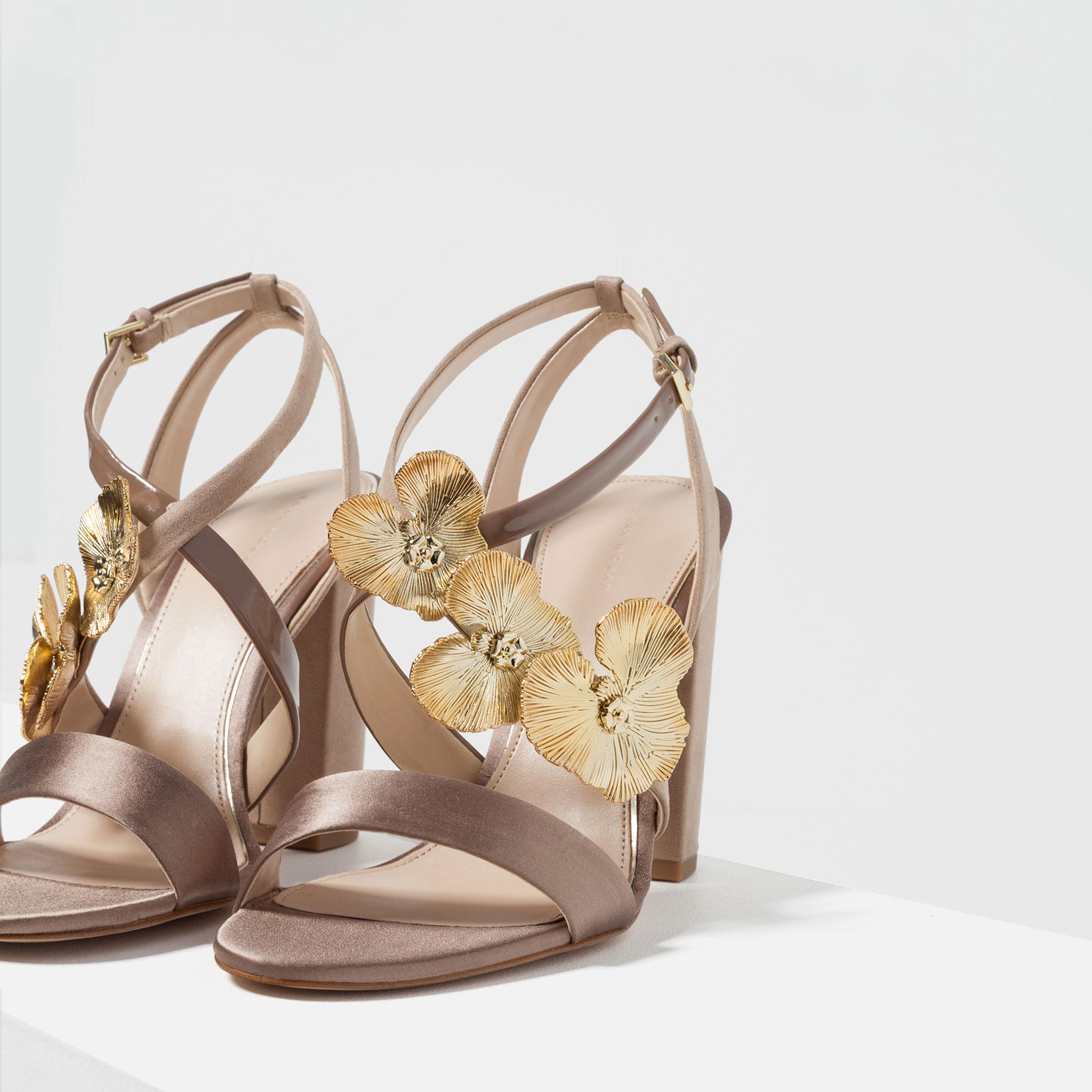 6 Farklı Tarz ile Sandaletler feminen