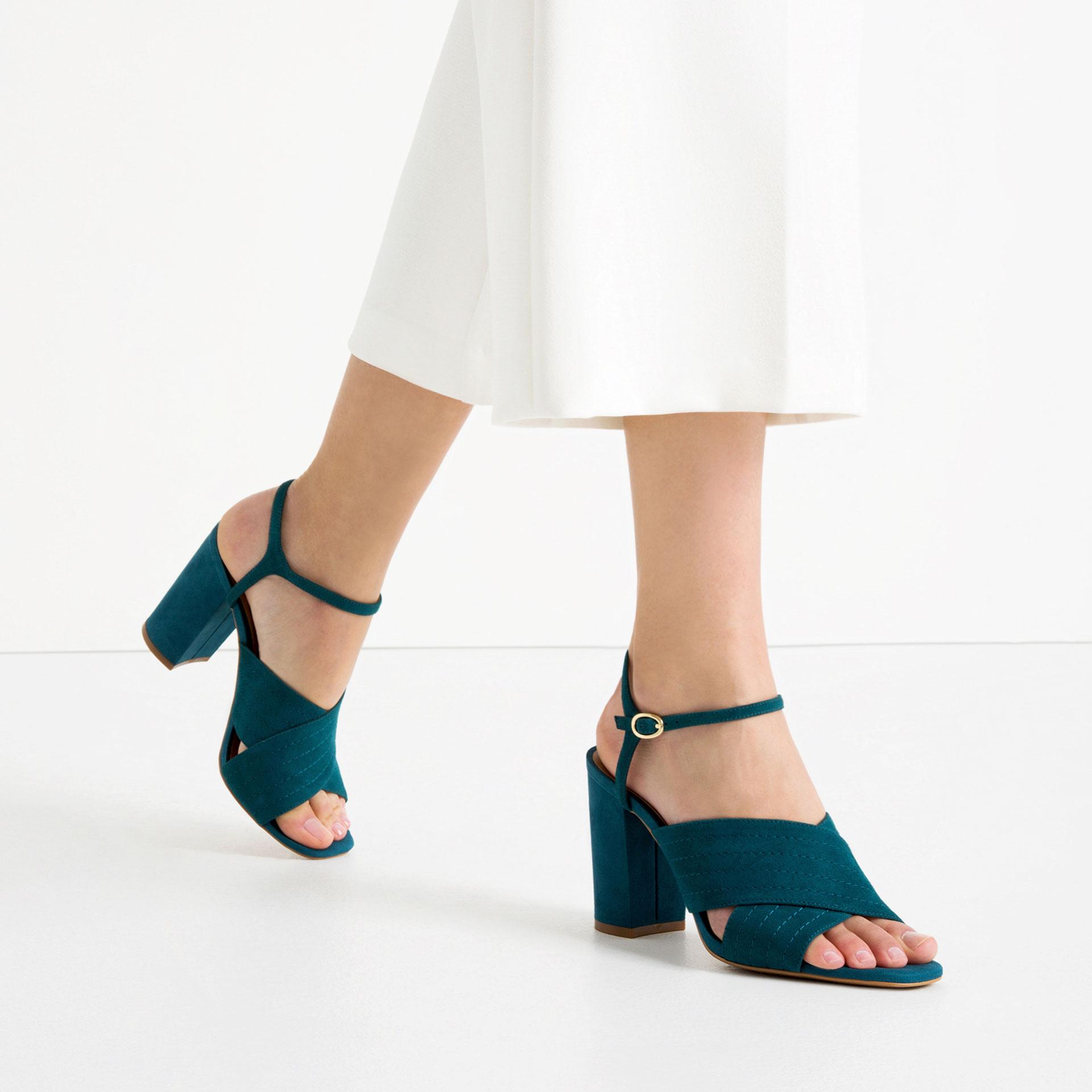 6 Farklı Tarz ile Sandaletler vintage