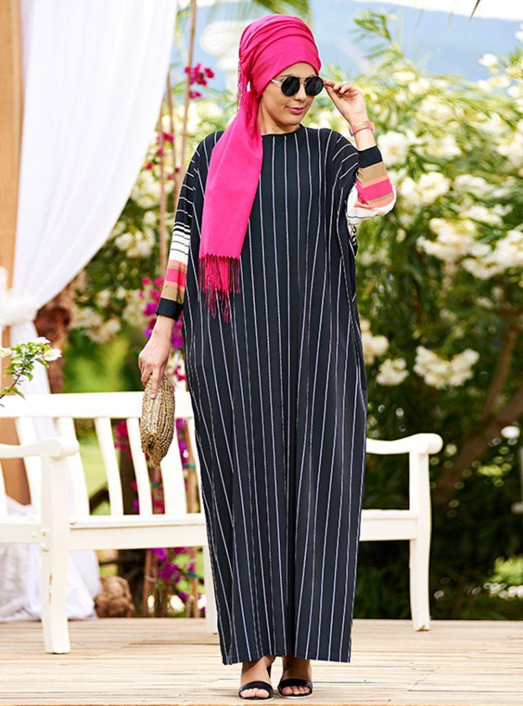 cizgili-viskon-salas-elbise--siyah-beyaz--nesrin-emniyetli-212128-1