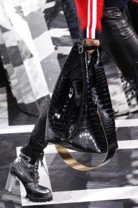 Louis-Vuitton-Black-Crocodile-Hobo-Bag-Fall-2016
