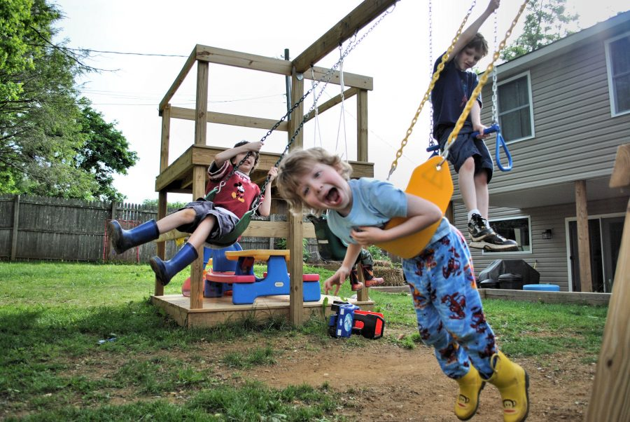 Thankful-Thursday-The-Nut-House-Backyard-DIY-Custom-Wooden-Play-Set-4