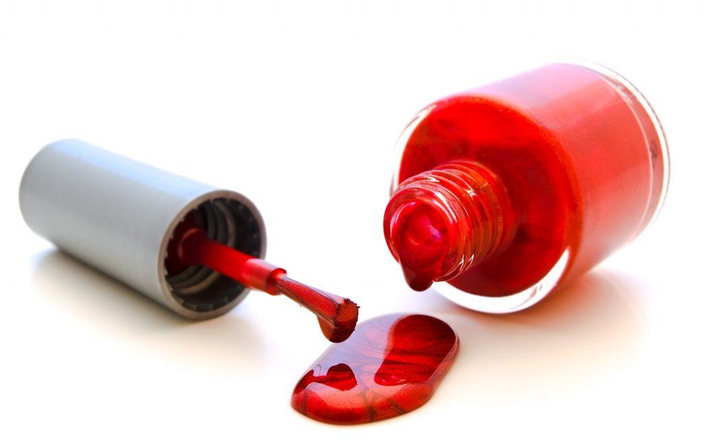 non-toxic_nail_polishespedicure_services_corona