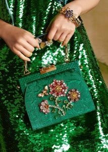 dolce-and-gabbana-winter-2017-woman-accessories-101-321x450
