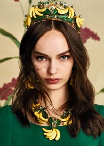 dolce-and-gabbana-winter-2017-woman-collection-071-321x450