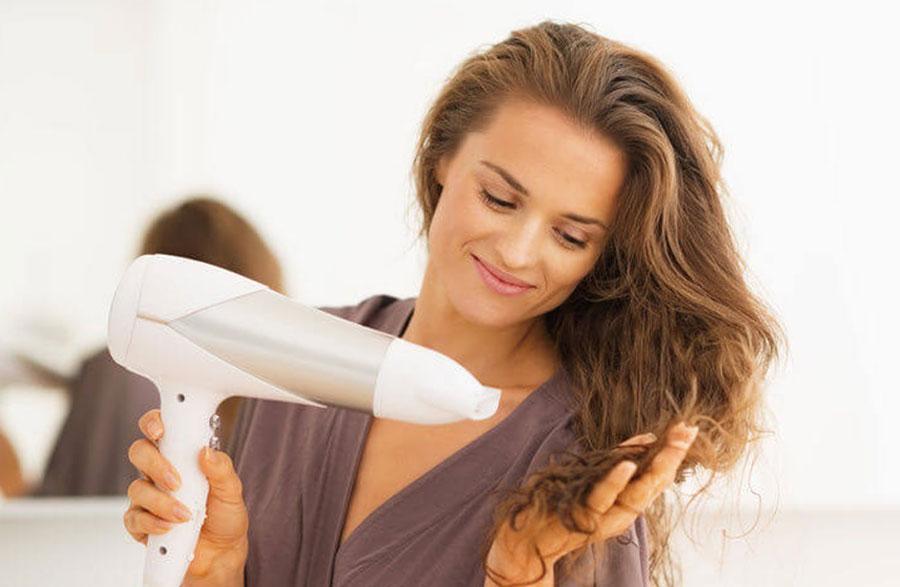 Sağlıklı Cilt ve Saç için Duştan Sonra Yapılabilecek 5 Şey