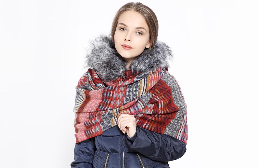 Sıcacık Bir Kış İçin Üstünüze Battaniye Şal Alın