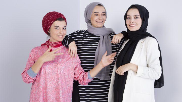 Üç kız kardeşe ortak gardırop…
